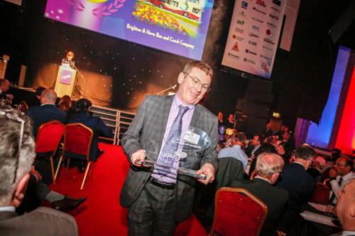 uk bus awards mw 152