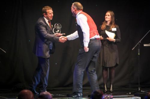 uk bus awards mw 199
